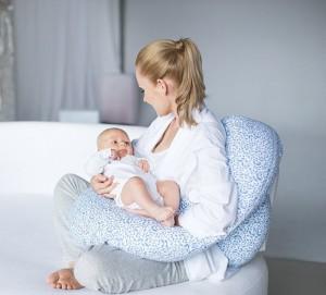 Motherhood-Stillkissen